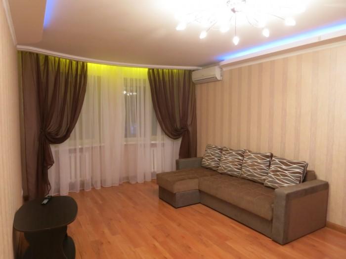 Квартира с дорогим капитальным ремонтом в новом доме из красного кирпича.