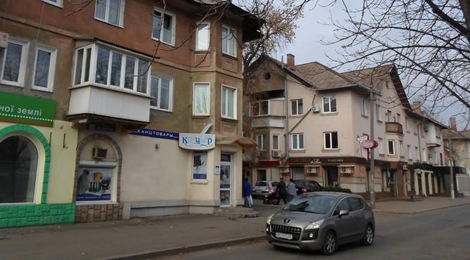 Продается магазин по ул.Есенина 3, 96 квартал