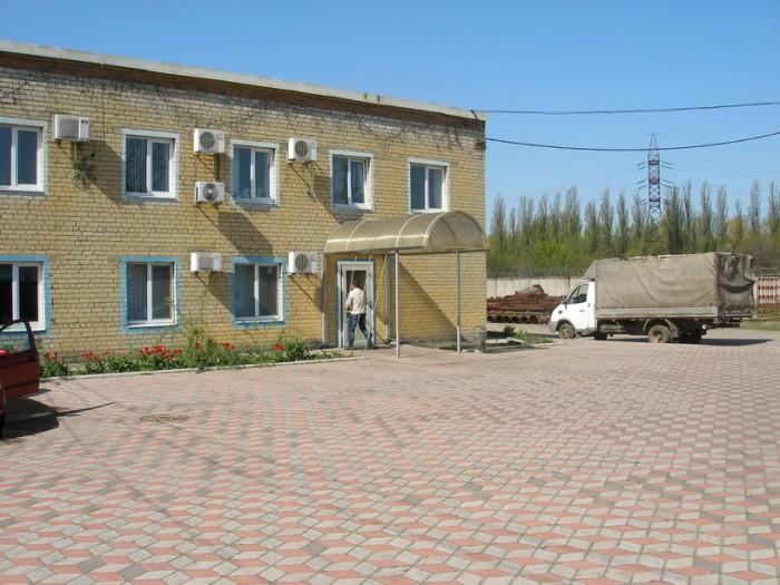 Виробничий корпус з офісним приміщенням