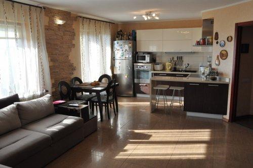 Уютная 4-х комнатная квартира в современном стиле в новострое по ул. Калиновая