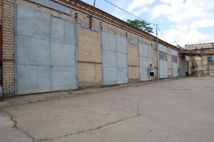 Продажа или аренда Базы: 720 м.кв. высоких помещений и территория 1440