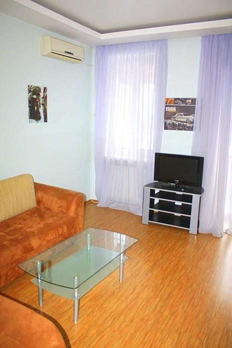 Квартира с прекрасным видом для ценителей тихого, уединенного центра Одессы.