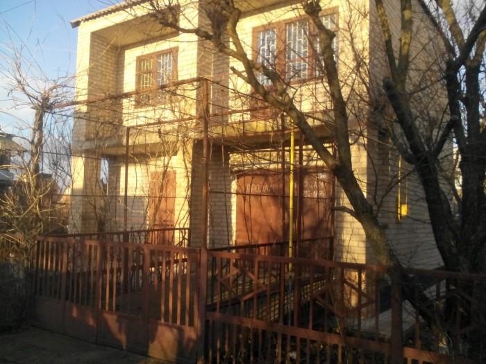 2эт дом в  Мелитополе 80 кв м, 6 соток недорого