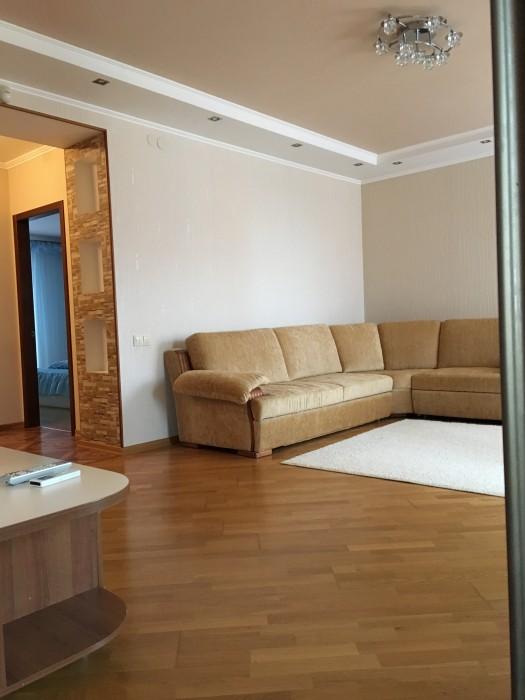 Центр 3х кімнатна квартира в Новобудові