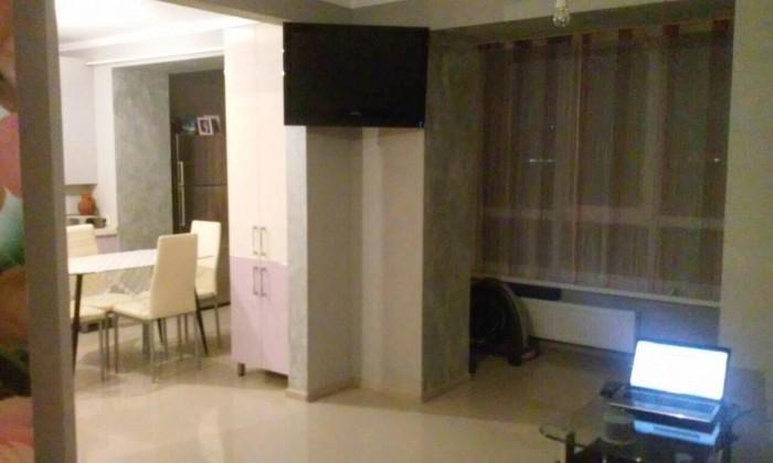 Однокомнатная квартира в престижном районе города.