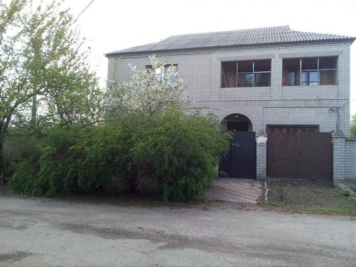 Двухэтажный дом на Клочко