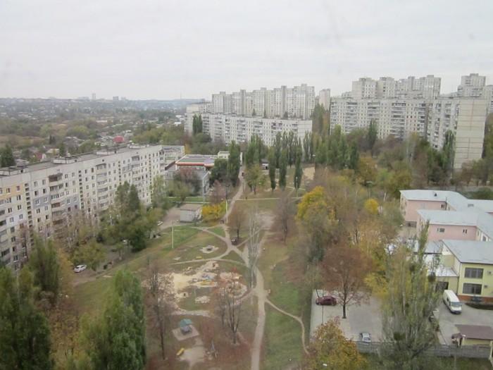 Продам 3-комнатную квартиру с квадратным холлом Салтовка
