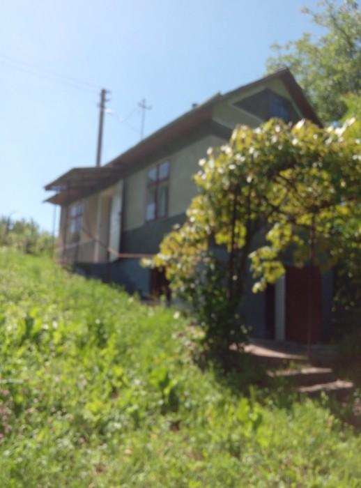 Продажа дачної ділянки з цегляним будинком