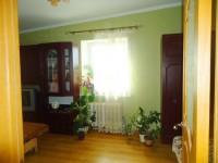 Сдам свою 1-комнатную квартиру в центре г.Ильичёвска посуточно(круглый год).К мо 617925